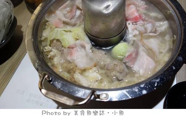 新勵進酸菜白肉鍋