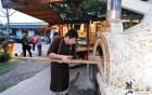 虫二小山窯烤工坊